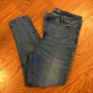Old navy Rockstar high rise Skinny Jeans